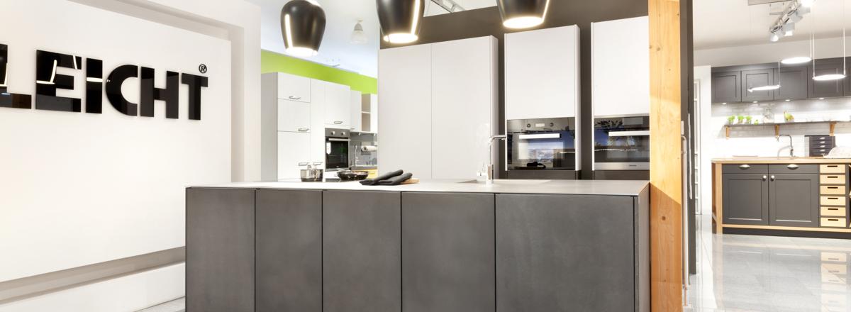 Küchenausstellung von Küchenstudio Pfisterer + Fuchs